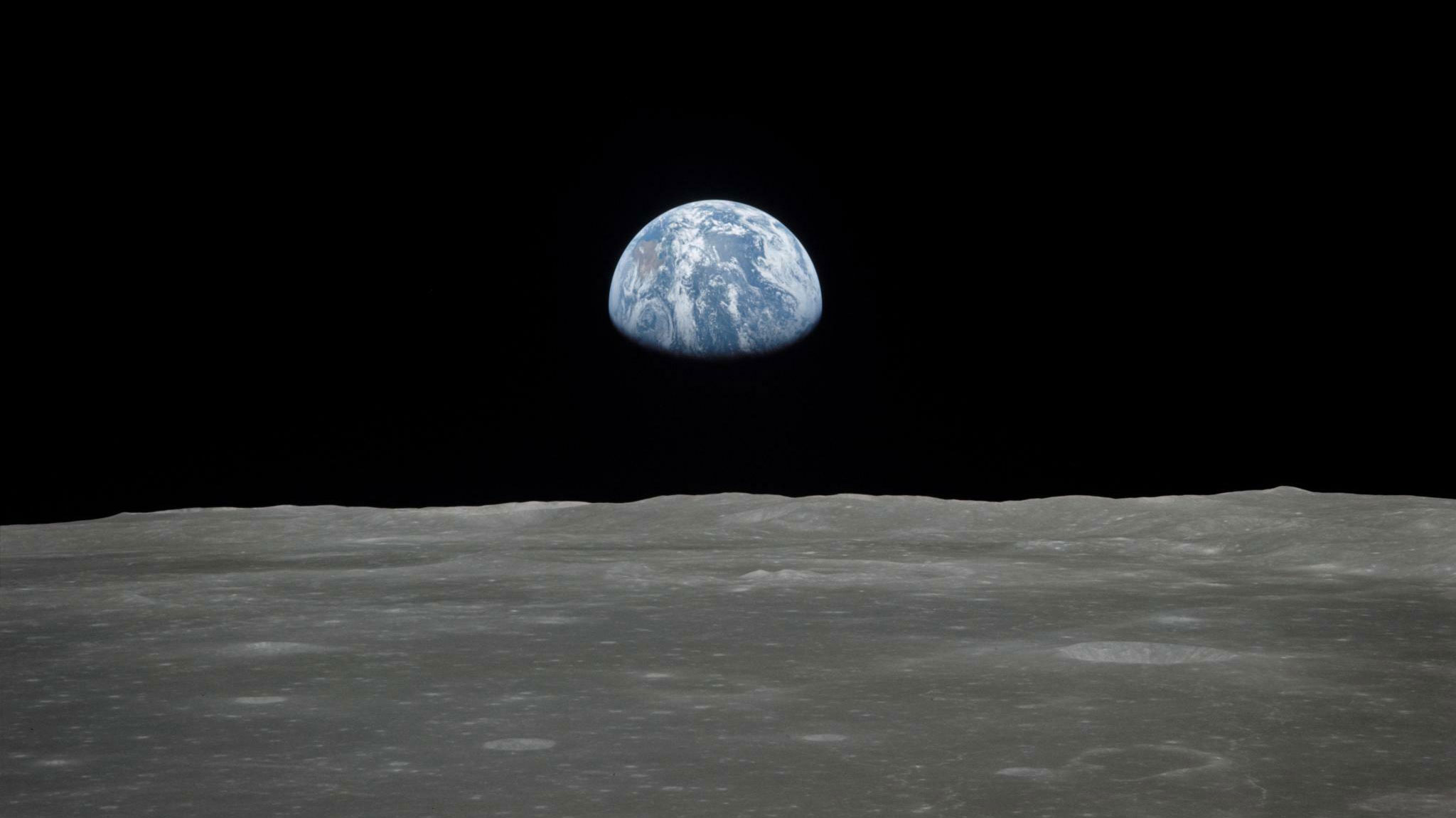 Earthrise-Nasa